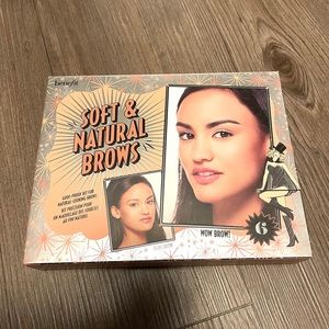 NEW BENEFIT / SOFT AND NATURAL BROWS KIT